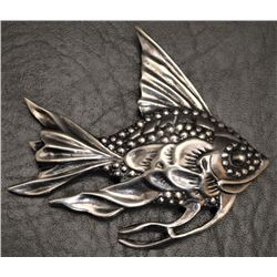 STERLING SILVER FISH PENDENT