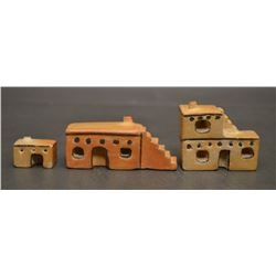 HOPI INDIAN POTTERY HOUSES (DIANA TAHBO)