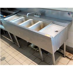 "Perlick 3-Compartment Sink w/ 2 Drainboards NSF D058023 (60""x24""x35.5""H)"