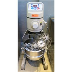 Globe SP30 Gear-Driven 30-Qt Commercial Floor Mixer w/ Bowl & Attachments -Retail $4196