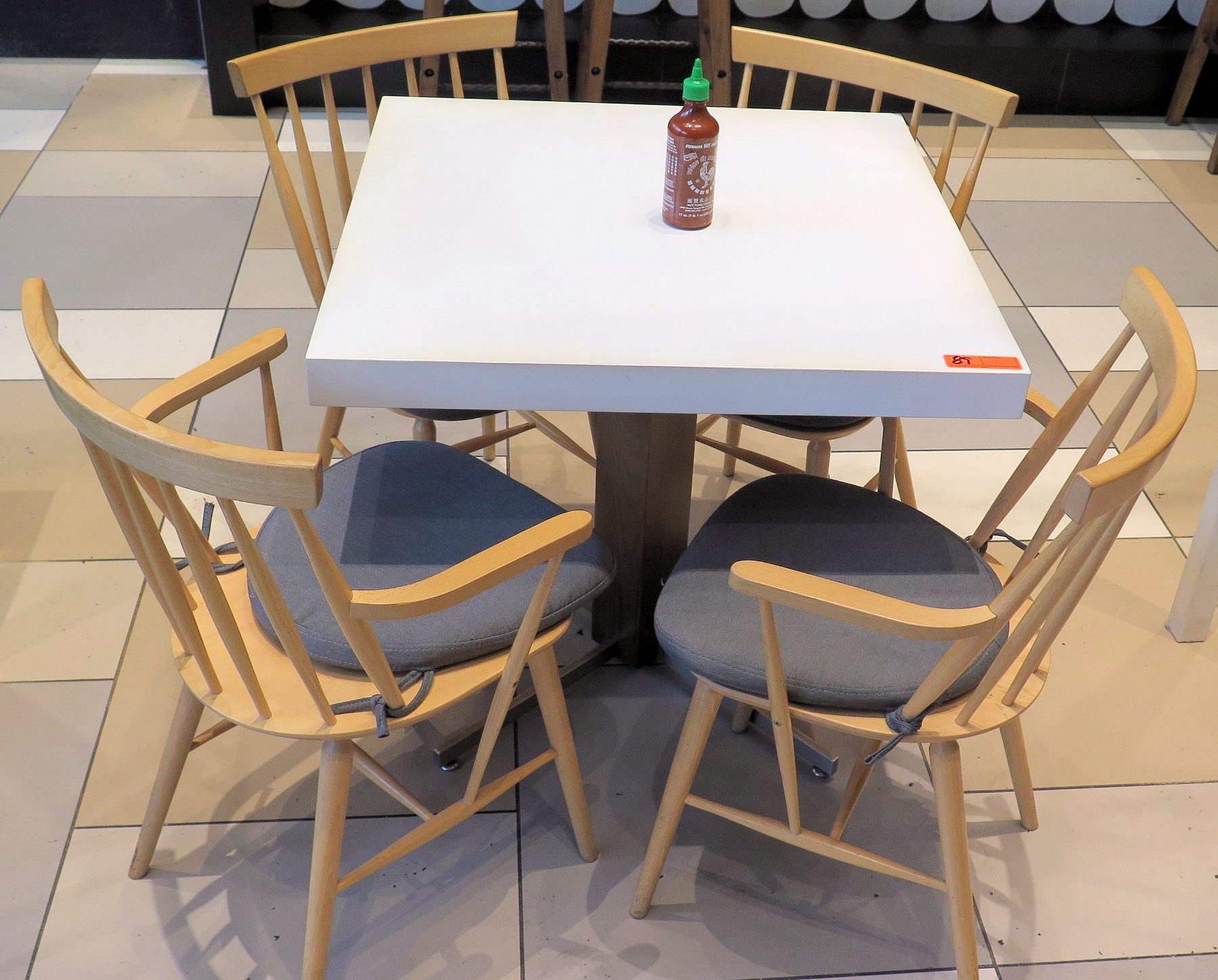 Strange White Table W Metal Base 31X31 4 Wooden Chairs W Seat Evergreenethics Interior Chair Design Evergreenethicsorg