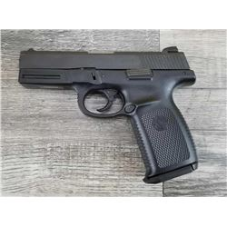 SMITH  WESSON MODEL SW9VE