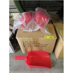 Case of Large Plastic Scoops