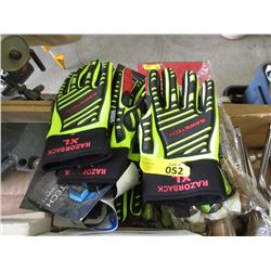 10 Pairs of XL Work Gloves