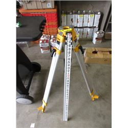New DeWalt Tri-Pod & Grade Measure Rod