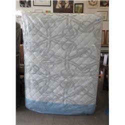 New Queen Size Serta Perfect Sleeper Mattress