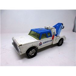 1960s 12' Nylint Towing Service Truck Wrecker Toy