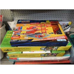 6 Games & Toys - Store Returns