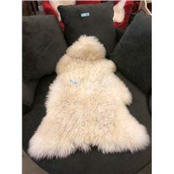 24  x 41' Genuine Sheepskin Rug
