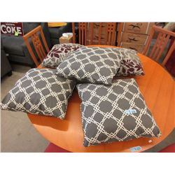5 New Zippered Cushions