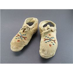 "SW Beaded Moccasins- 9""L"