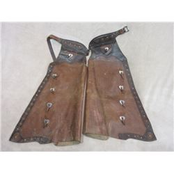 Marked Hamley & Co Pendleton Ore Batwing Chaps- 10 Nickel Heart Conchos- Studded- Double Leather on