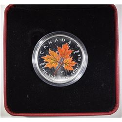 2001 $5 COLORED AUTUMN MAPLE LEAF CANADA