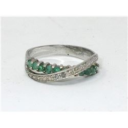 Diamond & Emerald Crossover Design Ring