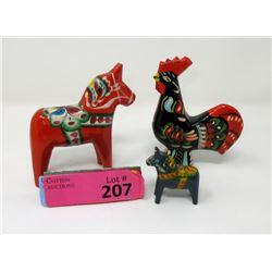 2 Vintage Nils Olsson Dala Horses & 1 Rooster