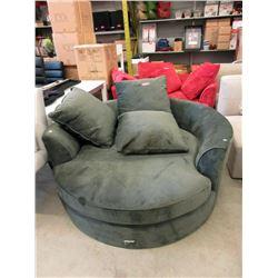 New 5 Foot Round Green Cuddler Chair