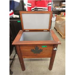 Free Standing Maple Leaf Wood Cooler with Liner