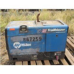 Miller Trailblazer 302 Welder (Starts and Runs See Video)