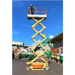 JLG 2630es Scissor Lift - (Lifts, Drives - See Video- Pick Up at Sand Island Oahu)