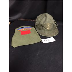 Canadian Military Cap and Armband to Royal 22 Regiment