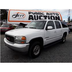 K5 --  2004 GMC YUKON XL , White , 392741  KM's