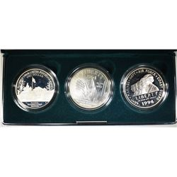 1994 3-PIECE PF  VETERANS COMMEM SILVER DOLLAR SET