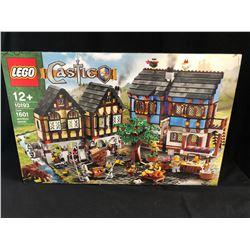 LEGO Castle 10193 MEDIEVAL MARKET VILLAGE (RARE)