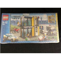 Lego City #3661 Bank & Money Transfer