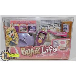 BRATZ LIFE VIDEO TOY