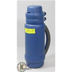 BLUE THERMOS W/2 CUP TOP AND SIDE CARRY