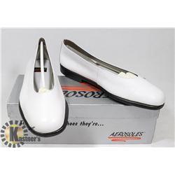 AEROSOLES WHITE SZ 9
