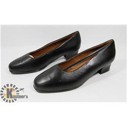 FOOTHILLS BLACK SZ 7.5