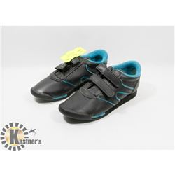 KIDS BLACK AND TEAL SZ 2