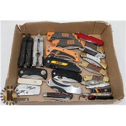 FLAT OF VARIOUS POCKET KNIVES