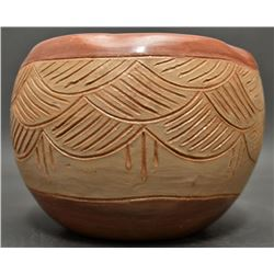 SAN JUAN INDIAN POTTERY BOWL (THOMASITE MONTOYA)