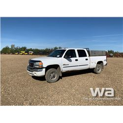 2004 GMC SIERRA SLT CREW CAB PICK UP