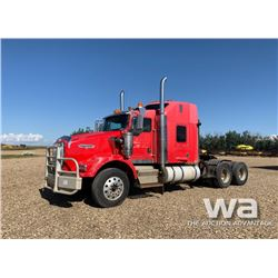 2004 KENWORTH T800B T/A TRUCK TRACTOR