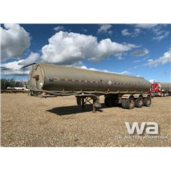 1997 COLUMBIA TRIDEM WATER TRAILER