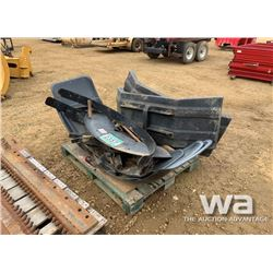 CAT GRADER FENDER PANELS