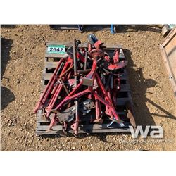 RED PIPE STANDS