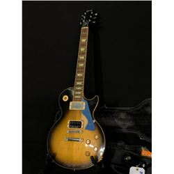 GIBSON LES PAUL CLASSIC/CUSTOM GUITAR, COMES WITH LOCKING GIBSON HARD SHELL CASE, ORIGINAL PICKUPS,
