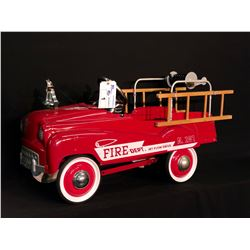 """MURRAY """"CHAMPION"""" DIPSIDE LADDER & HOSE REEL FIRETRUCK, 1940'S REPRODUCTION, RARELY USED"""