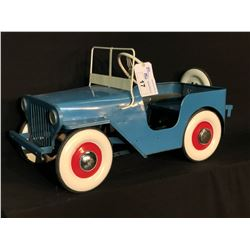 VINTAGE TRIANG JEEP PEDAL CAR,
