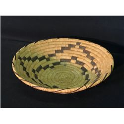 """CALIFORNIA PAPAGO NATIVE HAND CRAFTED YUCCA BASKET, 12"""" ACROSS"""