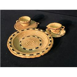 5 PIECES OF KANAKA BAR NATIVE WOVEN DISHES: 2 TEACUPS, 2 SAUCERS AND PLATE