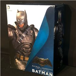 BATMAN VS. SUPERMAN STATUE, ARMOURED BATMAN, IN ORIGINAL PACKAGING