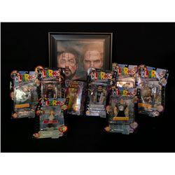ASSORTMENT OF CLERKS AND JAY & SILENT BOB COLLECTABLES INC. 7 ACTION FIGURES-2 ARE AUTOGRAPHED,