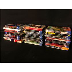 COLLECTION OF ASSORTED DC COMICS GRAPHIC NOVELS AND BOOKS, INC. VARIOUS GREEN LANTERN, BATMAN,