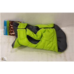 RC PET PRODUCTS SKYLINE PUFFY VEST SIZE 8.