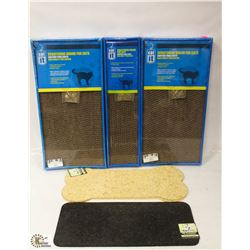 LOT OF 3 SCRATCHING BOARDS FOR CATS & 3 PET